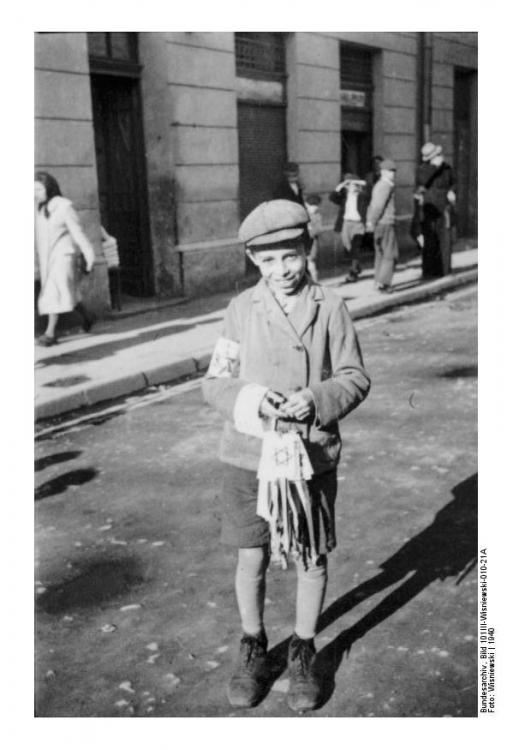 juedischer-junge-radom-polen-1940